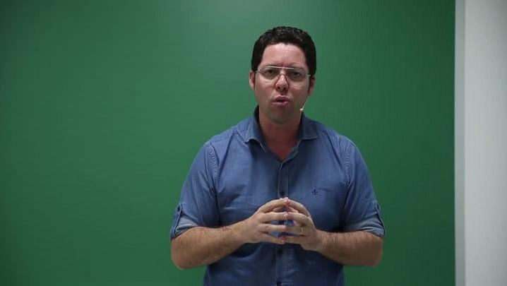 Professor Otávio dá as útimas dicas para a prova de Ciências Humanas do Enem
