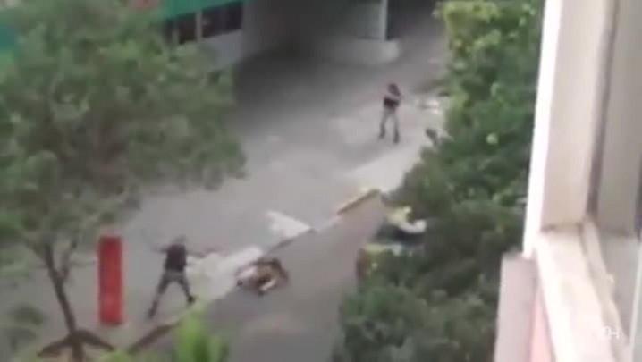 Novo vídeo mostra tiroteio entre PMs e criminosos em frente a hospital de Porto Alegre