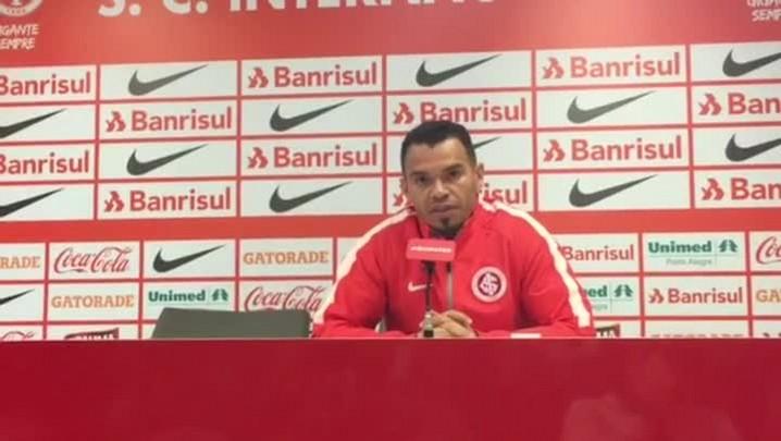 """Ceará fala sobre momento do Inter: \""""Atletas não fugiram da responsabilidade\"""""""