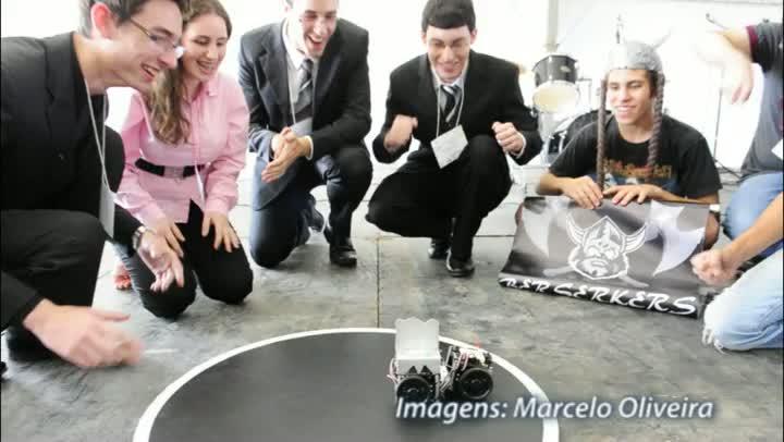 Campus Restinga do Instituto Federal Rio Grande do Sul coloca robôs no ringue