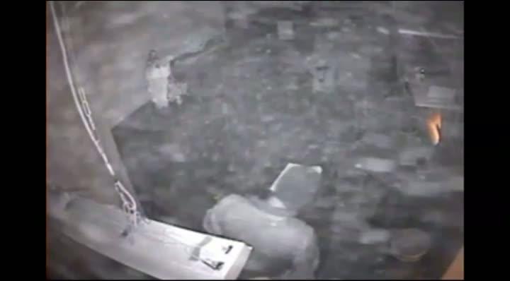 Câmera flagra a ação dos bandidos em Cotiporã