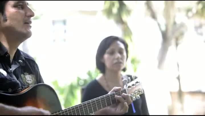 Músico de Caxias do Sul Roberto Faleiro Martins, 41 anos, venceu o vício com ajuda do violão
