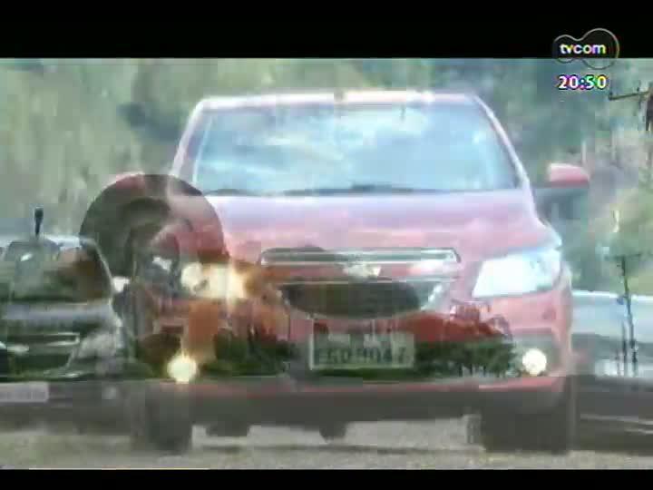 Carros e Motos - Rafael Batista faz test drive do Chevrolet Onix - 24/02/2013 - Bloco 3