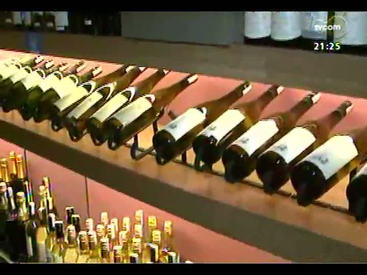 TVCOM Tudo Mais - Conversa sobre vinhos num bar da Capital