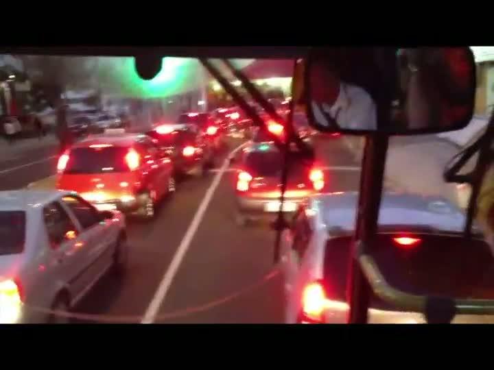 A reportagem da Gaúcha percorreu de ônibus o trajeto da futura linha do metrô. 06/06/2013
