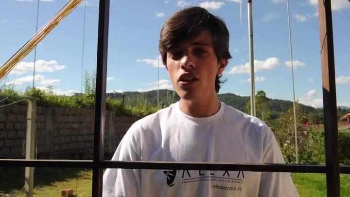 Tulio Baars, de 17 anos, explica como se tornou ajudante da Nasa