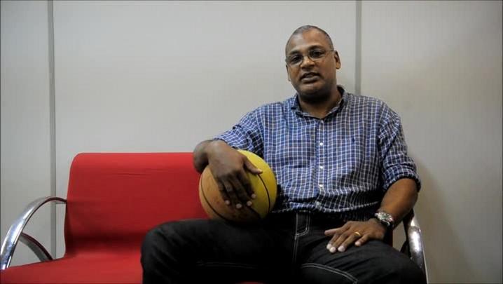 Kelvin Soares manda uma mensagem de apoio ao lutador Vitor Miranda