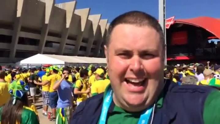 Gigante na Copa: galera no Mineirão projeta Brasil x Chile