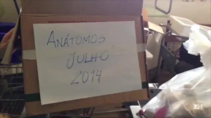 Mau acondicionamento de restos humanos no Hospital Presidente Vargas