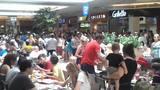 Argentinos lotam lojas e shoppings em dias nublados em Florianópolis