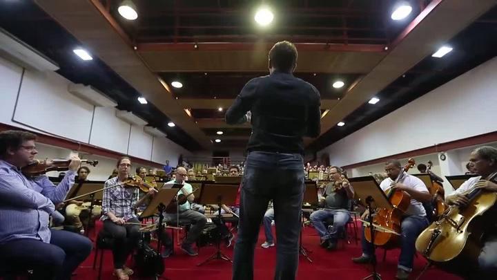 Assista ao ensaio para o espetáculo Carmina Burana