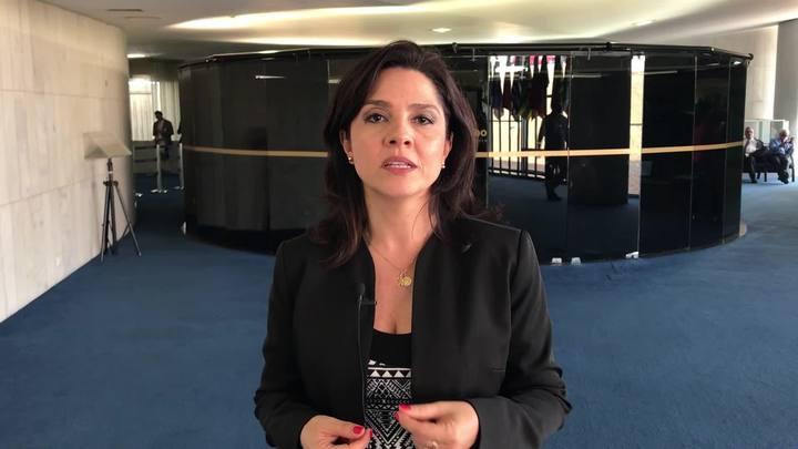 Carolina Bahia: manobra anunciada por Eunício Oliveira pode ajudar Aécio Neves