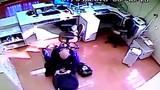 Imagens mostram tentativa de roubo à agência dos Correios na Serra