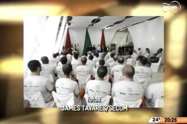 TVCOM 20 Horas - Detentos do Complexo Penitenciário de SC se formam em cursos profissionalizantes - 13.04.15