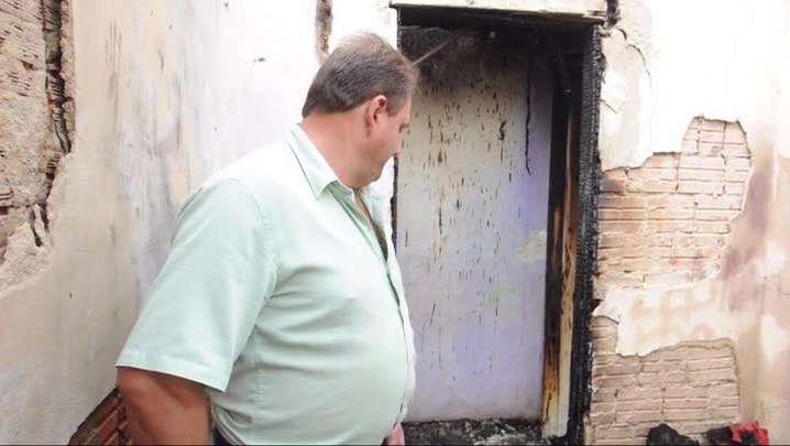 \'Elas pediram socorro, mas não deu tempo\', conta avô de crianças que morreram em incêndio em Mafra