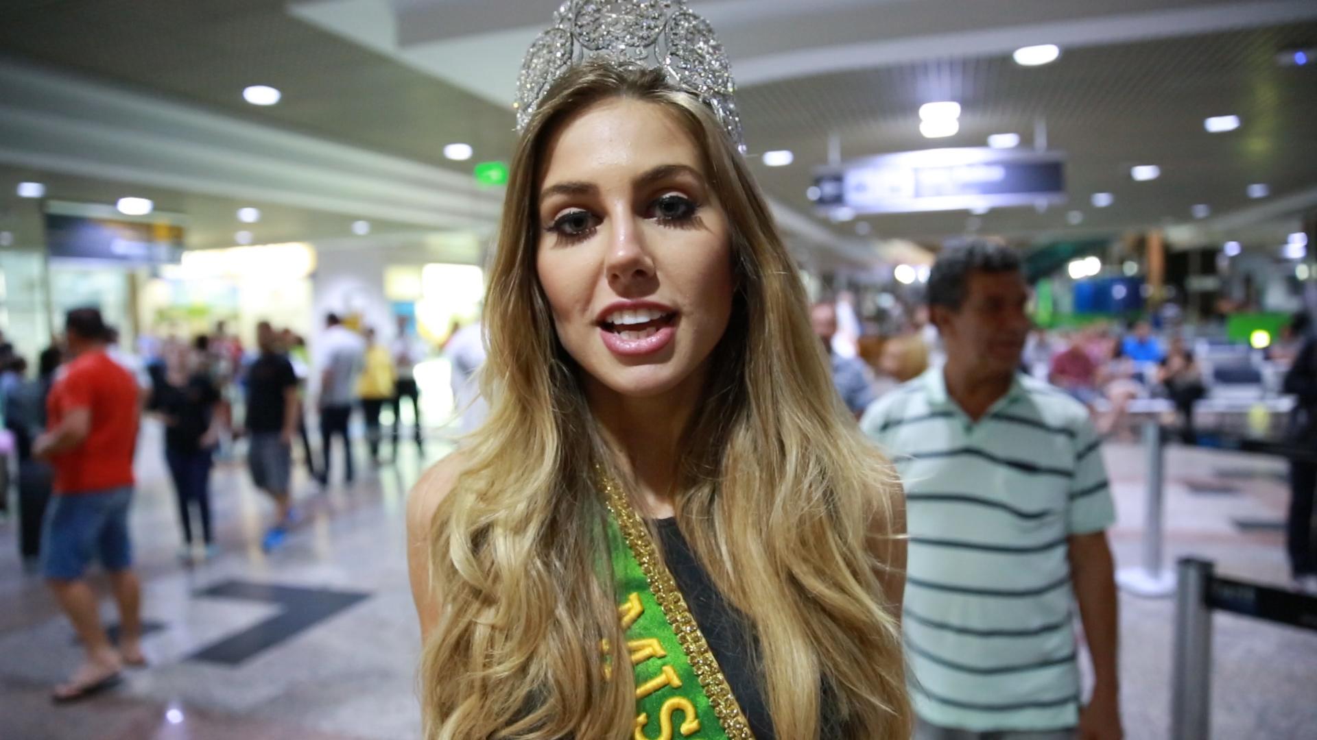 Chegada da Miss Brasil, Marthina Brandt, ao Aeroporto Salgado Filho