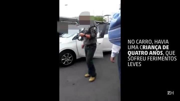 Homem é morto a tiros dentro de carro na zona sul de Porto Alegre
