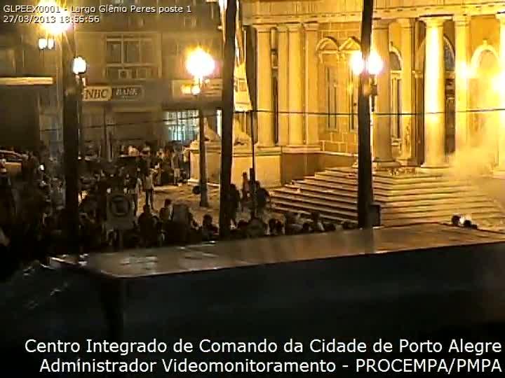 Prefeitura entrega à polícia DVD com imagens da ação dos manifestantes durante invasão no Paço Municipal. 28/03/2013