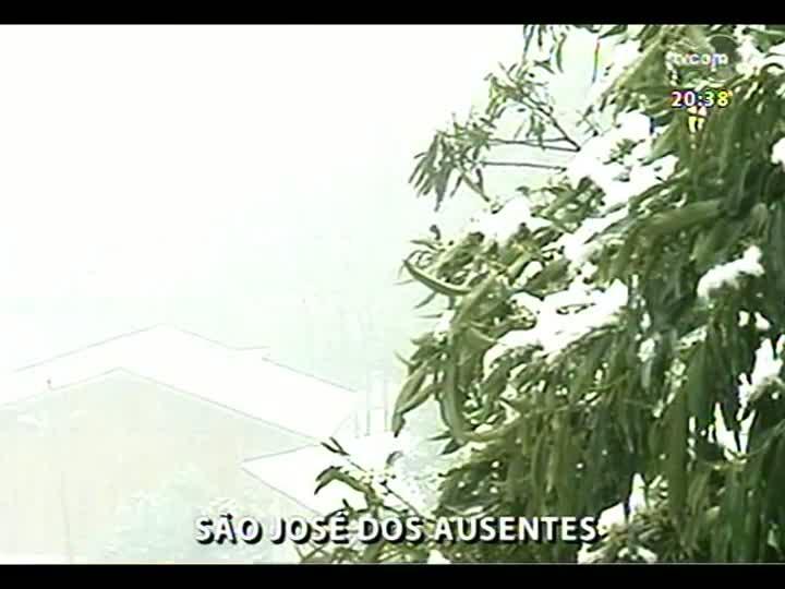 TVCOM 20 Horas - Registros da neve no Estado e previsão do tempo - Bloco 4 - 27/08/2013