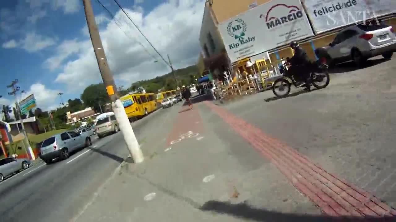 As dificuldades enfrentadas por ciclistas nas ruas de Blumenau