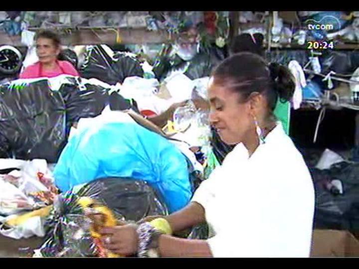 TVCOM 20 Horas - Série \'Fome\': confira a reportagem sobre quem se alimenta do que encontra no lixo - Bloco 2 - 20/12/2013