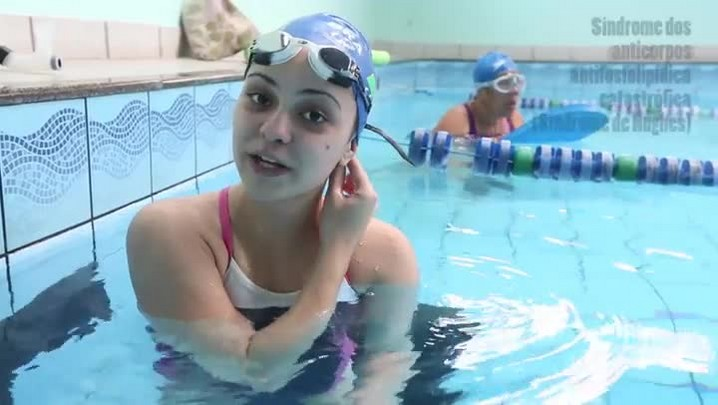 Nadadora paralímpica de São José busca patrocínio para seguir competindo