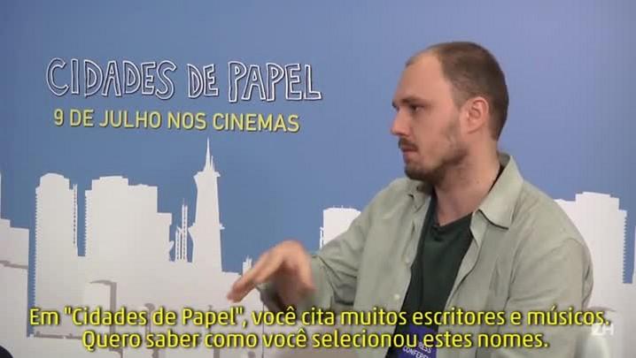 """John Green e Nat Wolff comentam referências de \""""Cidades de Papel\"""""""