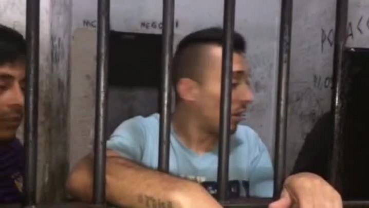 Veja relatos de presos sobre situação da carceragem no Palácio da Polícia.
