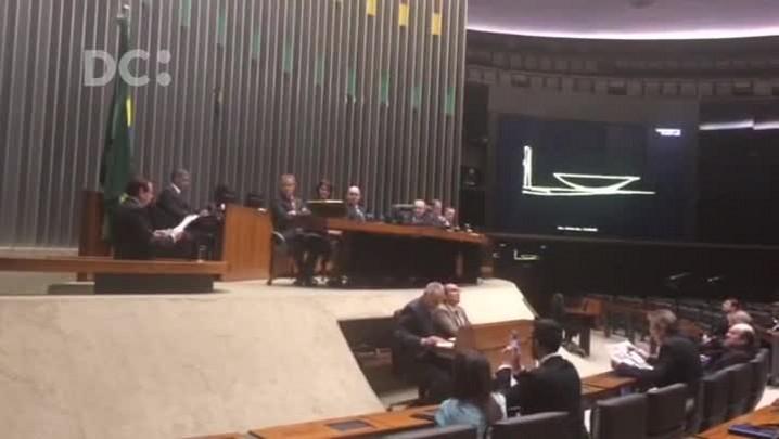 Políticos homenageiam Luiz Henrique da Silveira em Brasília