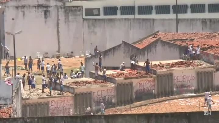 Novos confrontos em Alcaçuz