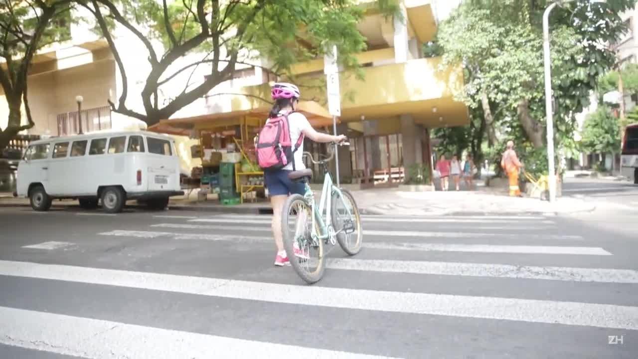 Ciclista relata as dificuldades de pedalar em Porto Alegre