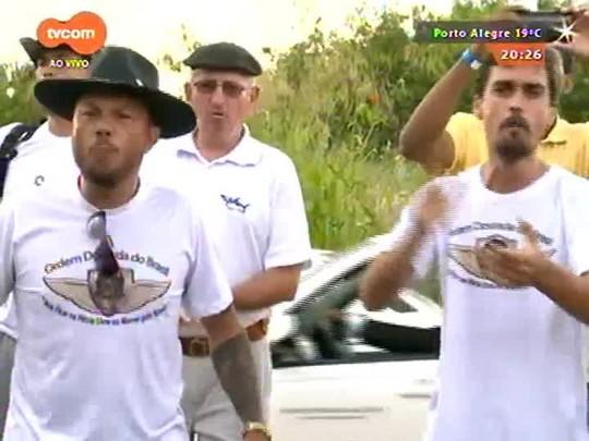 TVCOM 20 Horas - Caminhoneiros fazem nova paralização nacional a partir desta quinta-feira - 22/04/2015