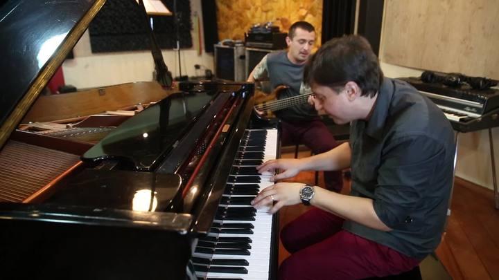 Calegari e Zago improvisam para o especial de música instrumental