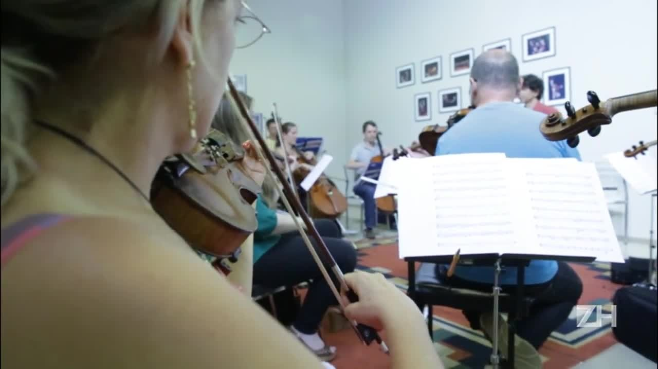 Orquestra da Ulbra toca Cachorro Grande