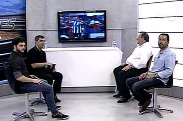 TVCOM Esportes - Presidente do Figueirense, Wilfredo Brillinger, fala sobre o último ano e os objetivos para 2015 - 3°Bloco - 2.1.15