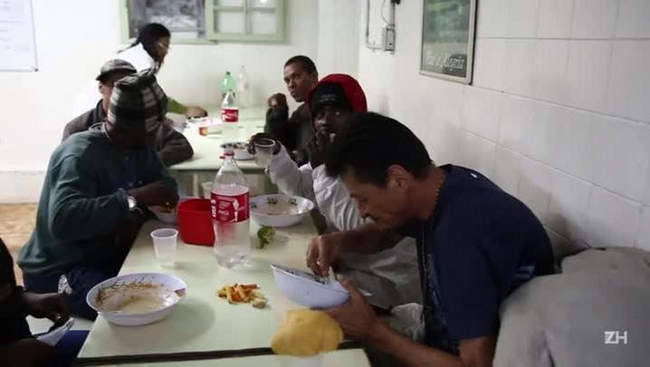 Sociedade Espírita Ramiro D\'Ávila distribui 500 pratos de sopa por dia