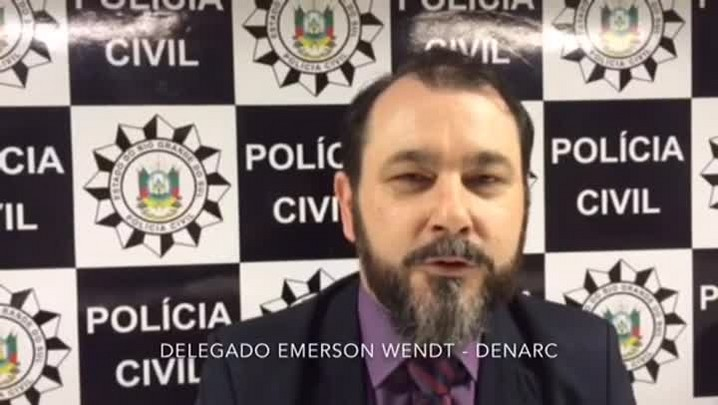 Veja a entrevista com os delegados do Denarc Emerson Wendt e Leonel Carivali
