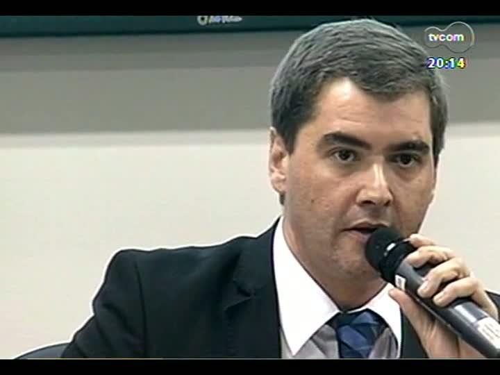 TVCOM 20 Horas - Tragédia em Santa Maria: entrevista com o promotor de Justiça Maurício Trevisan - Bloco 2 - 02/04/2013