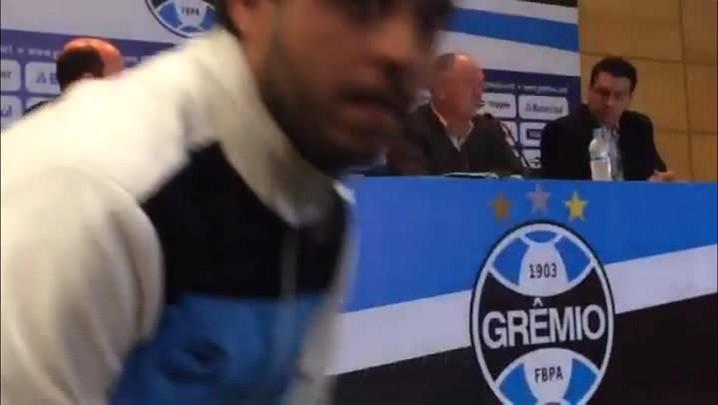 Durante apresentação no Grêmio, Felipão fala dos 7 a1 e recebe aplausos