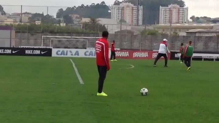 Abel muda time em busca da liderança contra o Goiás