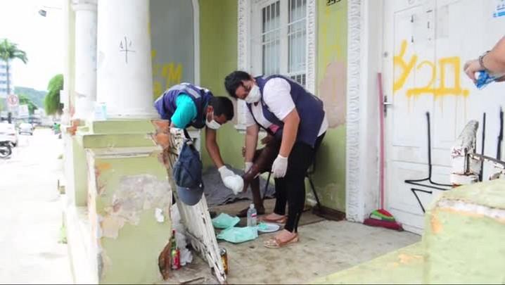 Programa da Saúde ajuda moradores de rua de Joinville