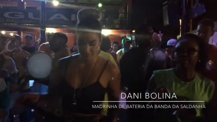 """VÍDEO: Dani Bolina mostra sua sensualidade no samba e fala ao \""""Chora, Cavaco\"""""""