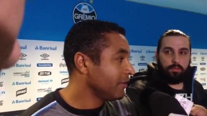Roger fala sobre a ausência de Rhodolfo e jogo contra o Vasco