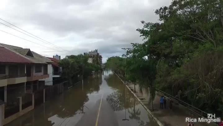 Água avança sobre município de Guaíba
