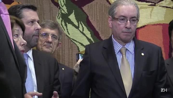 Cunha aceita pedido de impeachment contra Dilma Rousseff