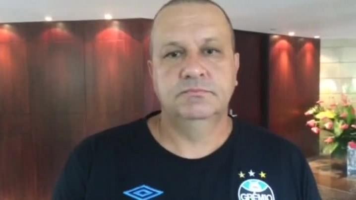Em Quito, James Freitas acredita que o novo técnico da Liga ainda vai fazer adaptações