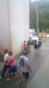 Ação da Polícia Militar em condomínio na Itoupavazinha, em Blumenau