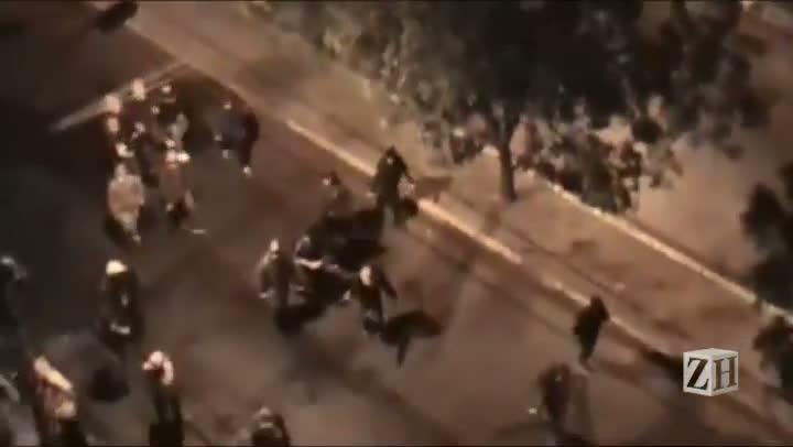 Leitora registra atos de vandalismo na Cidade Baixa durante manifestação