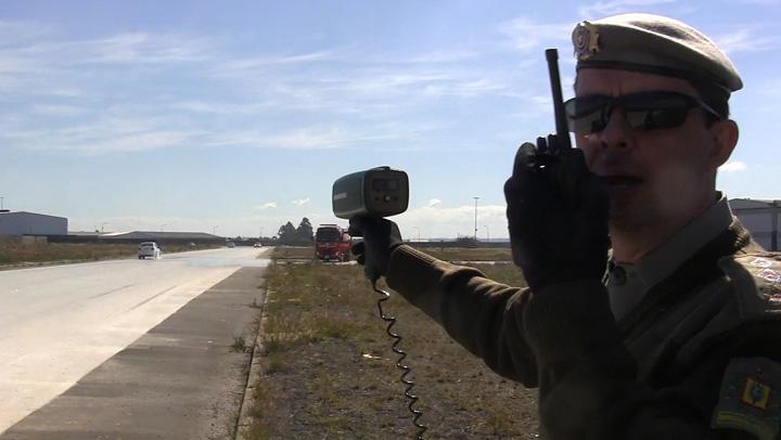 Brigada Militar treina oficiais para direção policial em situações de risco