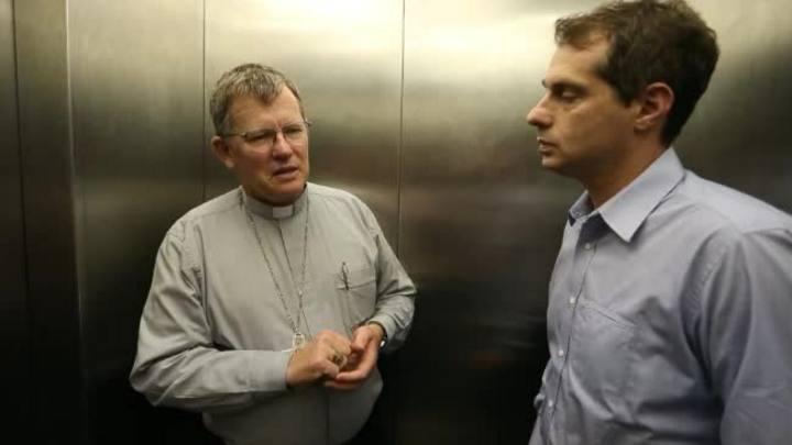 Conversa de Elevador: arcebispo de Porto Alegre fala sobre tráfico de pessoas e a Igreja Católica